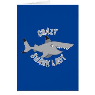 Tarjeta círculo loco de la señora del tiburón
