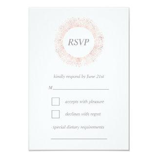 Tarjeta color de rosa elegante de RSVP del
