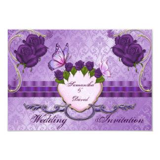 Tarjeta color de rosa púrpura de la invitación del