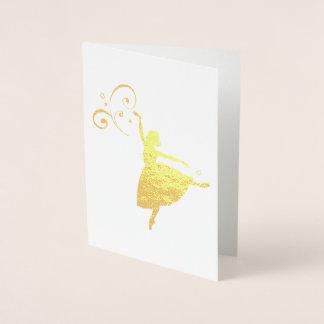 Tarjeta Con Relieve Metalizado Bailarina bonita con el detalle del remolino