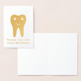 Tarjeta Con Relieve Metalizado El diente feliz le agradece por su remisión