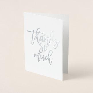 Tarjeta Con Relieve Metalizado El efecto metalizado real de las gracias tanto le