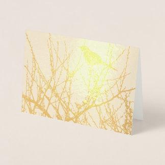 Tarjeta Con Relieve Metalizado pájaro en ramas de árbol