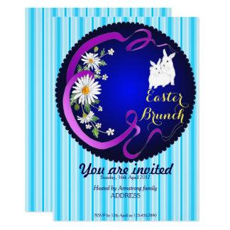 Tarjeta Conejito del brunch de Pascua y azul de la