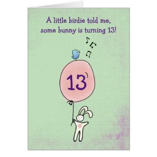 Tarjeta Conejito flotante que lleva a cabo un cumpleaños