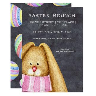 Tarjeta Conejo de conejito del brunch de Pascua en bufanda