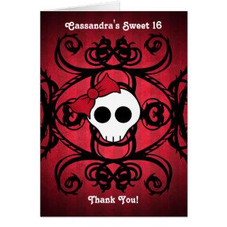 Tarjeta Cráneo gótico lindo en el dulce rojo y negro 16