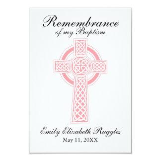 Tarjeta cruzada rosada del rezo del bautizo del invitación 8,9 x 12,7 cm