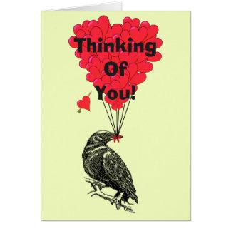 Tarjeta Cuervo romántico divertido que piensa en usted