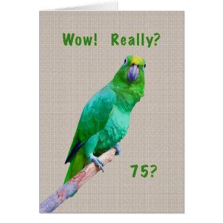 Tarjeta Cumpleaños, 75.o, loro verde del Macaw en un