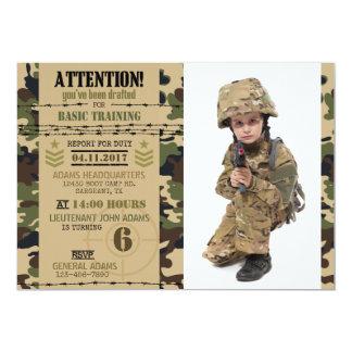 Tarjeta Cumpleaños de los militares del camuflaje del
