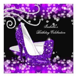 Tarjeta Cumpleaños púrpura de los diamantes de los tacones