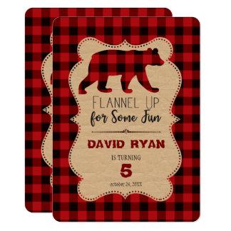 Tarjeta Cumpleaños rojo de la tela escocesa del búfalo