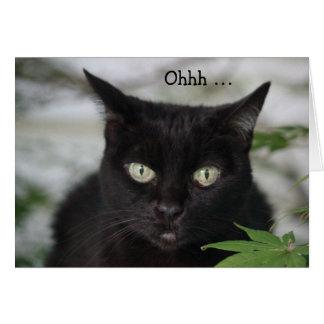 Tarjeta de cumpleaños con el gato negro lindo