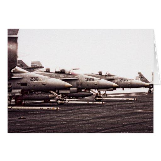 Tarjeta de cumpleaños de la formación F-18