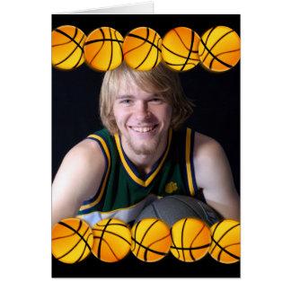 Tarjeta de cumpleaños de la foto del baloncesto