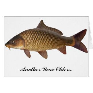 Tarjeta de cumpleaños de la pesca de la carpa