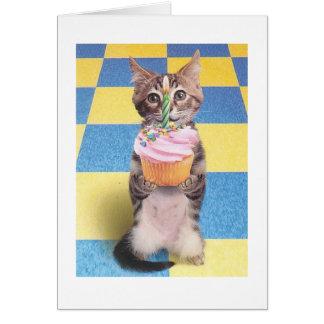 tarjeta de cumpleaños del gato de la magdalena