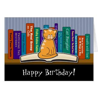 Tarjeta de cumpleaños del gato y de los libros