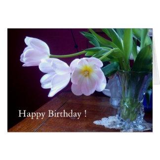 Tarjeta de cumpleaños del tulipán de la lavanda