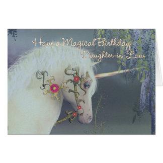 Tarjeta de cumpleaños del unicornio de la nuera Bi