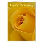 Tarjeta de cumpleaños - flor del rosa amarillo