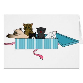 Tarjeta de felicitación del gatito del feliz cumpl