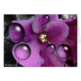 Tarjeta de felicitación en blanco violeta púrpura