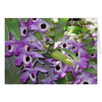 tarjeta de felicitación púrpura del espacio en