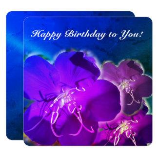 Tarjeta de felicitación púrpura del feliz