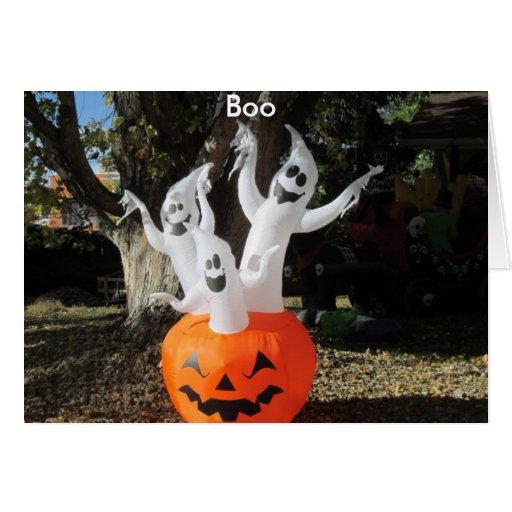 Tarjeta de Halloween de tres fantasmas