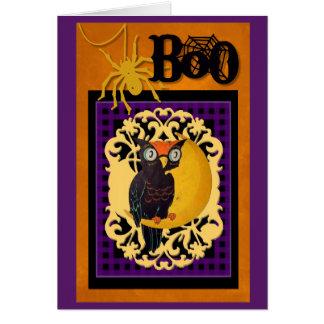 Tarjeta de Halloween del búho del vintage.