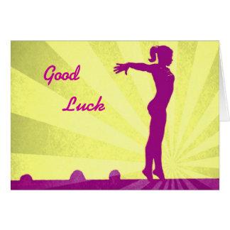 Tarjeta de la buena suerte con el gimnasta rosado