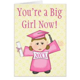 Tarjeta de la graduación del preescolar/del chica