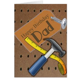 Tarjeta de la herramienta del papá del feliz cumpl