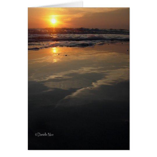 Tarjeta de la puesta del sol en marzo