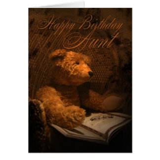 Tarjeta de la tía cumpleaños con el oso de peluche