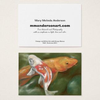 Tarjeta de visita anaranjada y blanca del artista