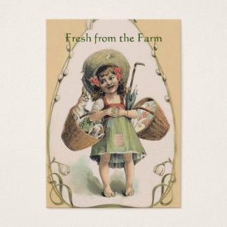 Tarjeta De Visita Chica sonriente que lleva el conejo feliz - granja