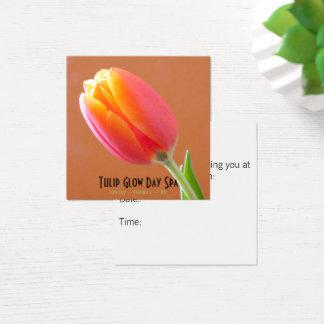 Tarjeta De Visita Cuadrada Cita anaranjada de la foto del primer del tulipán