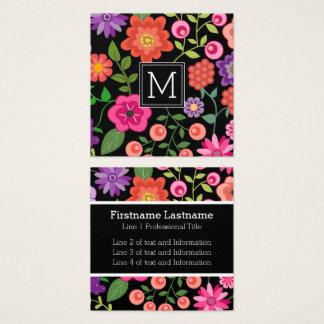 Tarjeta De Visita Cuadrada Flores coloridas con el monograma negro del fondo