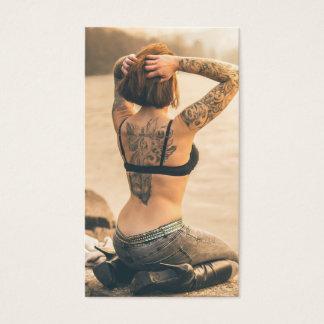 Tarjeta de visita de la tienda del tatuaje