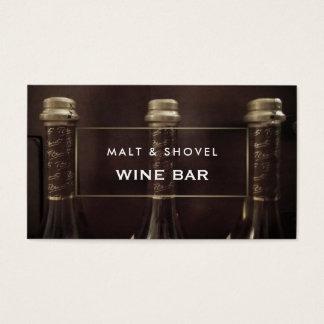 Tarjeta De Visita Exhibición de tres botellas, bar de vinos rústico