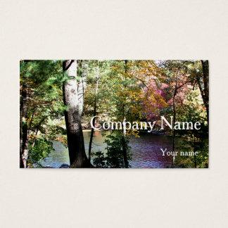 Tarjeta De Visita Hojas de otoño a través de los árboles