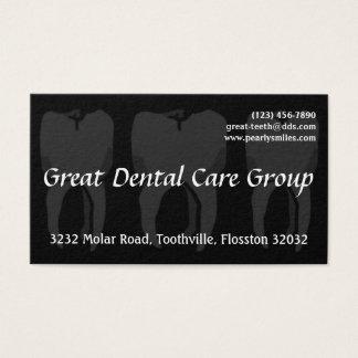 Tarjeta de visita negra del dentista de tres