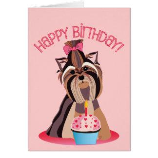 Tarjeta de Yorkshire Terrier del feliz cumpleaños