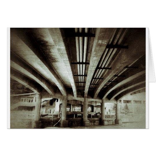 Tarjeta Debajo del puente