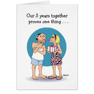Tarjeta del aniversario de 5 años: Amor