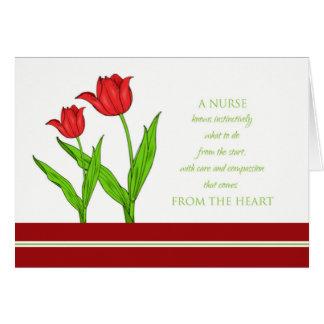 Tarjeta del día de las enfermeras/tulipanes rojos
