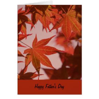 Tarjeta del día de padre, hojas de arce vibrantes